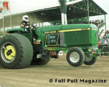 Warren Ropp On His 4455-IronElk-1986 NTPA Grand National Champion  1992 Edition
